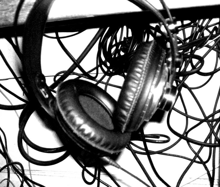 2.-Casques-et-écouteurs---choisir-le-meilleur-matériel