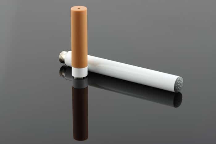 Pourquoi-la-e-cigarette-n'arrêtera-pas-les-vrais-fumeurs-(1)