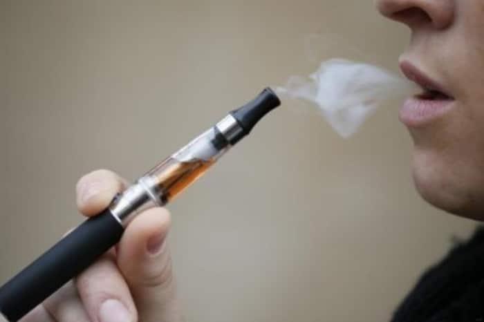 Pourquoi-la-e-cigarette-n'arrêtera-pas-les-vrais-fumeurs-(2)