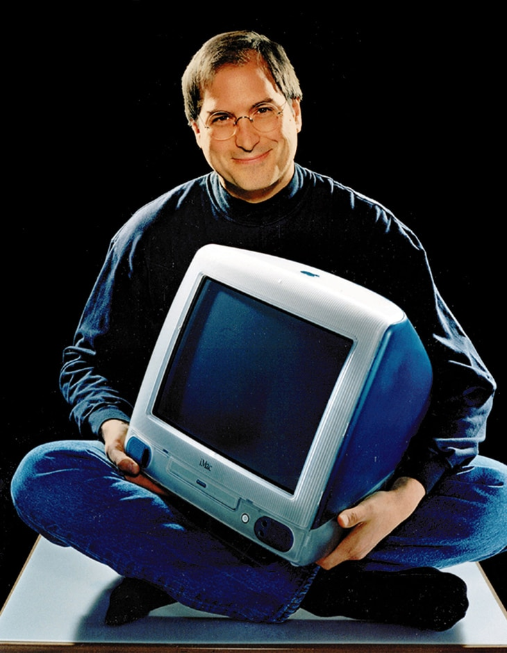 stevejobs-with-imac