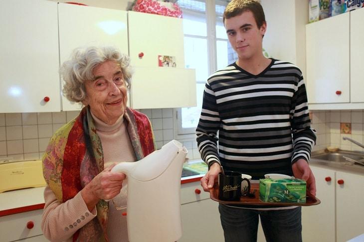 Association Ensemble 2 generations, logement etudiants chez des seniors