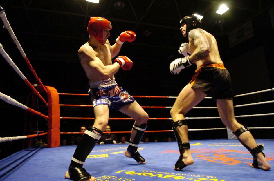 Kick boxing - le sport pieds et poings liés