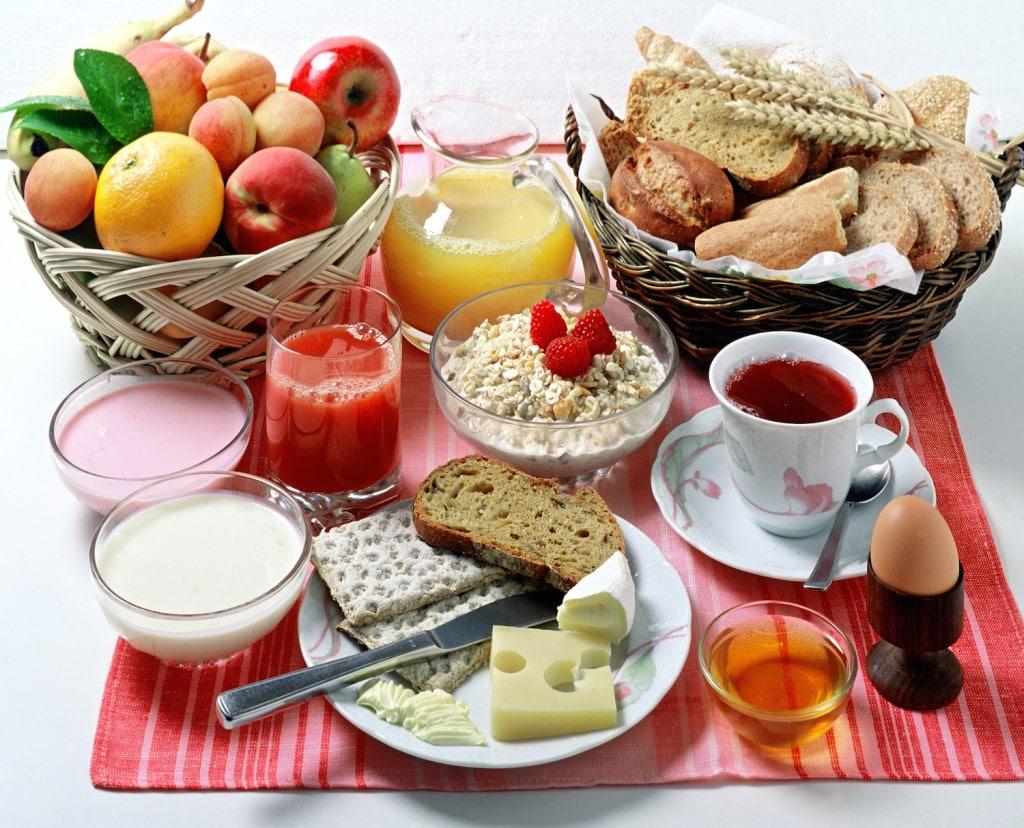 Le petit déjeuner – indispensable pour bien commencer la journée !3