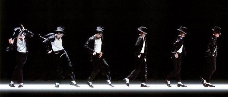 Grandeur et notoriété d'un pas de danse le moonwalk 2