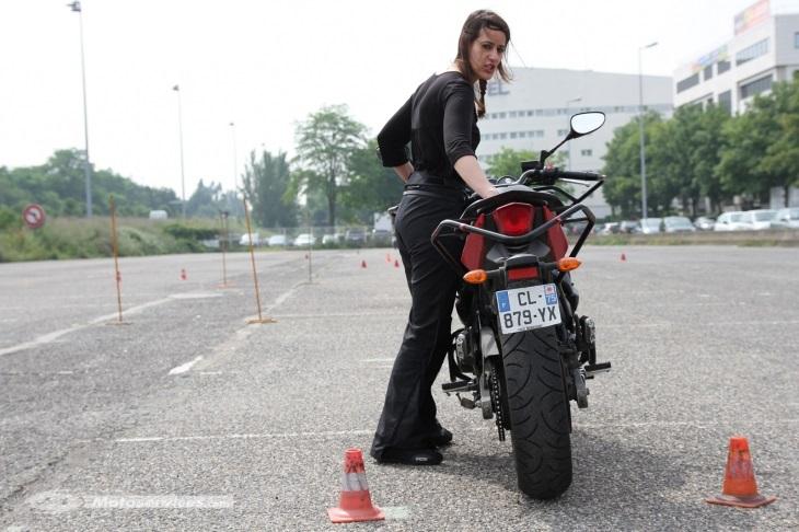 Le permis moto accéléré, un examen intensif et exigeant 2