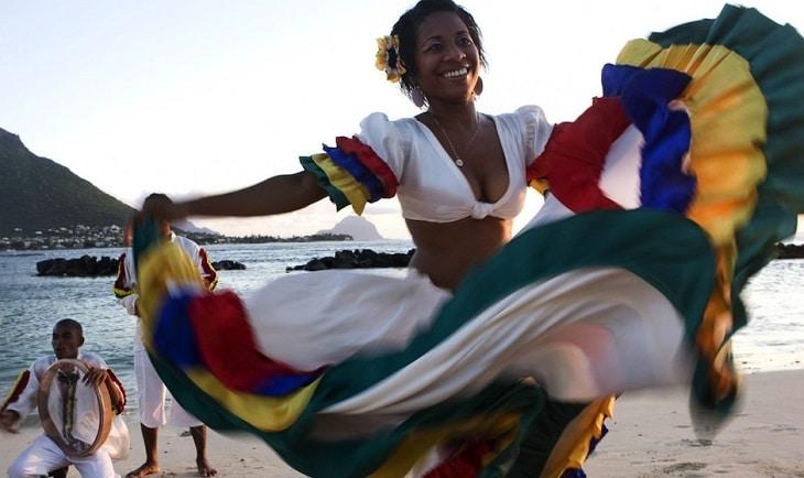 Le séga, une tradition à la fois chantée et dansée 1