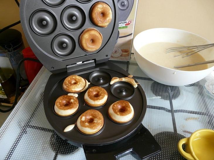 L'ami idéal de vos goûters la machine à donuts 2