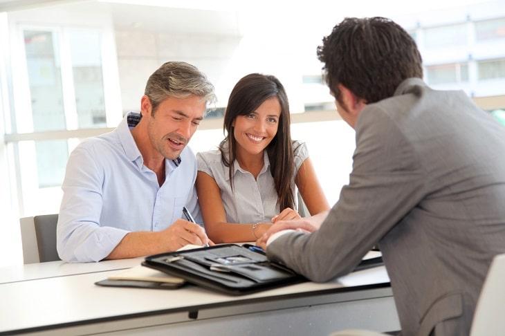 Échapper au surendettement avec le rachat de crédit 3