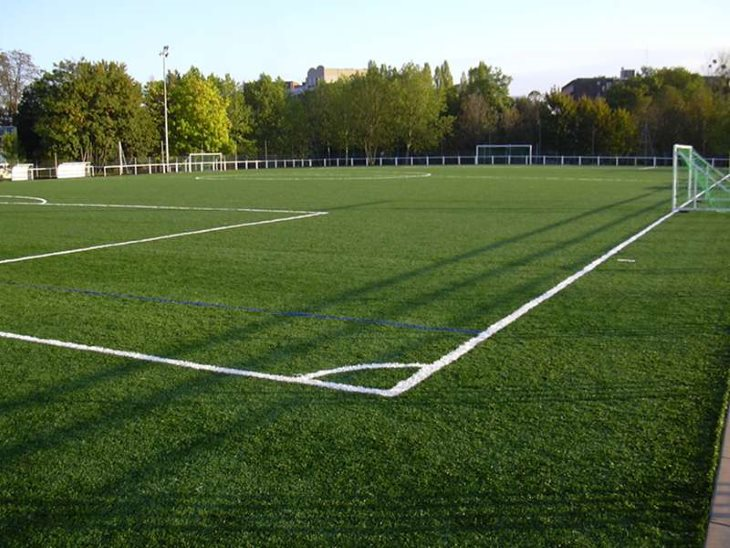 comment-amenager-un-terrain-de-football-dans-son-jardin