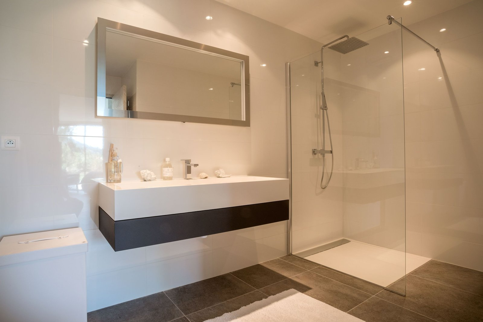Isolation thermique et acoustique dans une salle d\'eau
