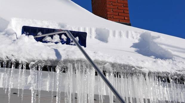 toit-neige-stalactites-cheminee