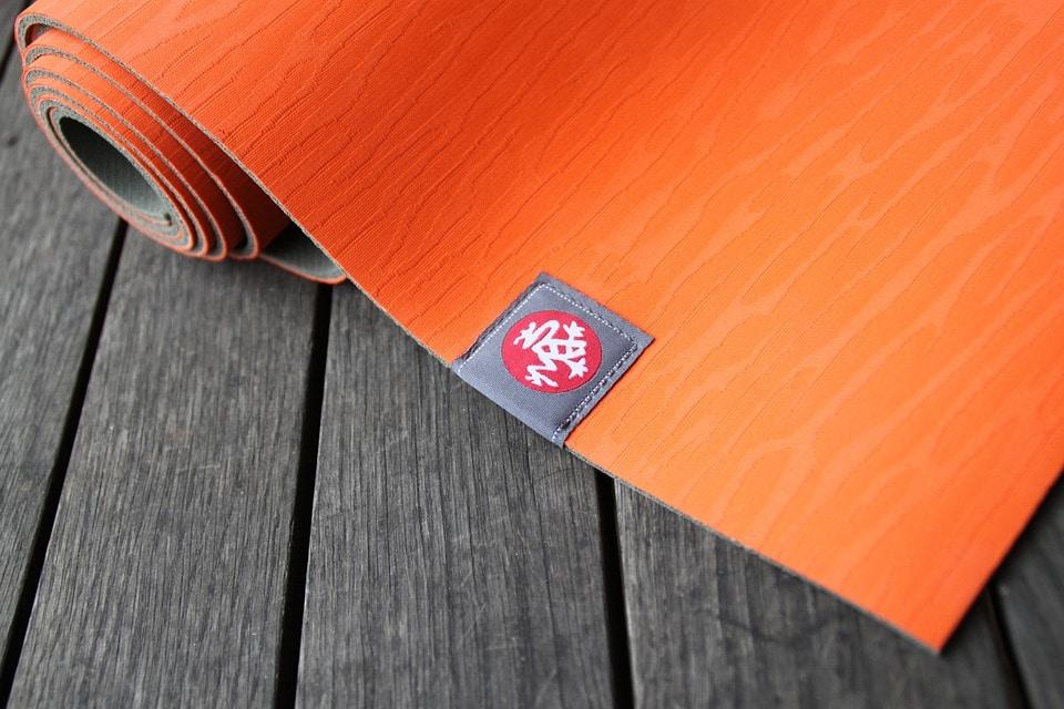 Tapis de gymnastique comment choisir le bon mod le - Comment choisir un tapis ...