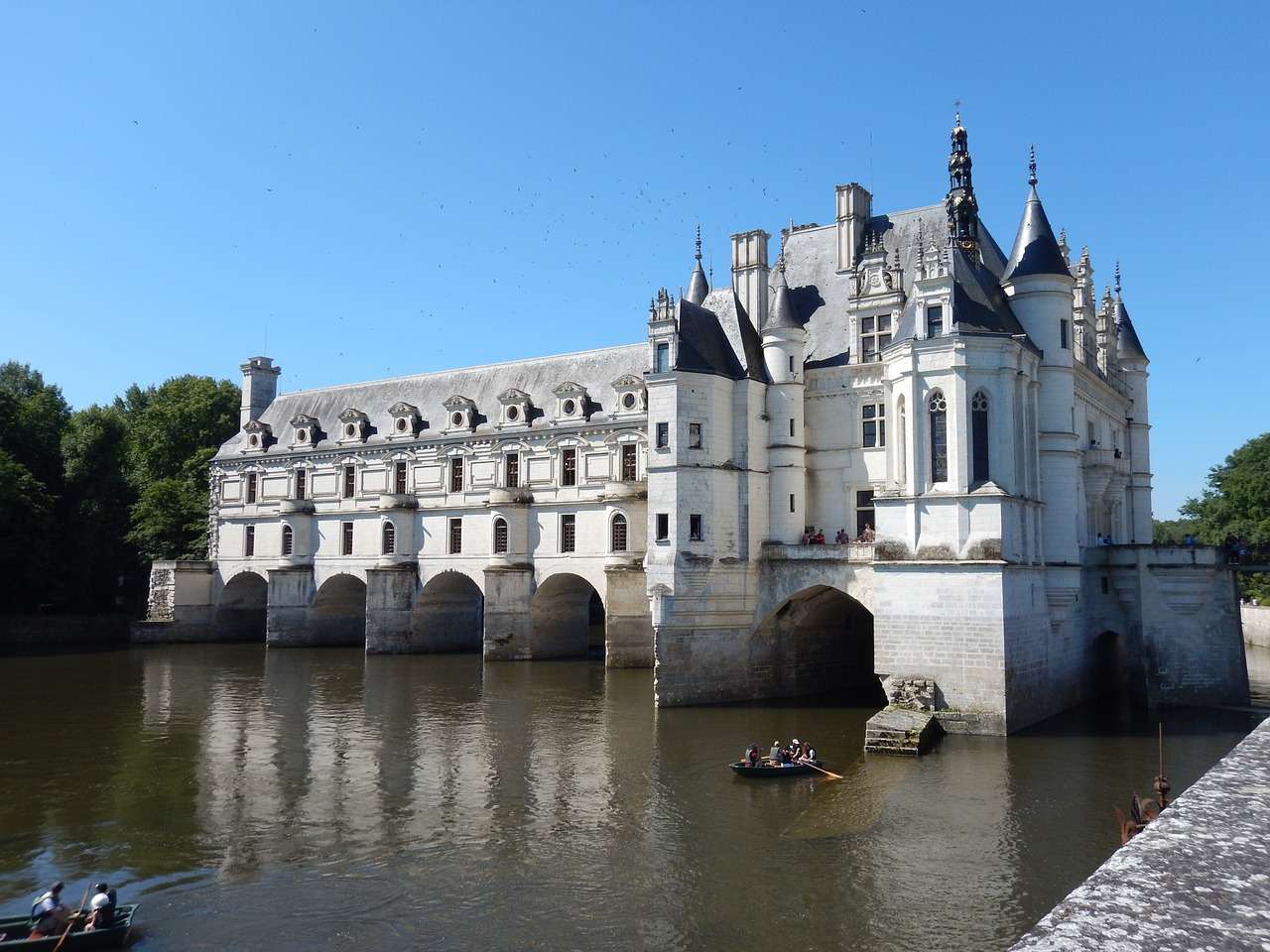 chateaux europe